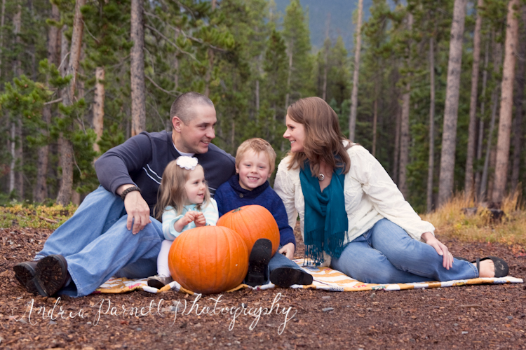 Opsahl Fall Family Portraits in Breckenridge, Colorado