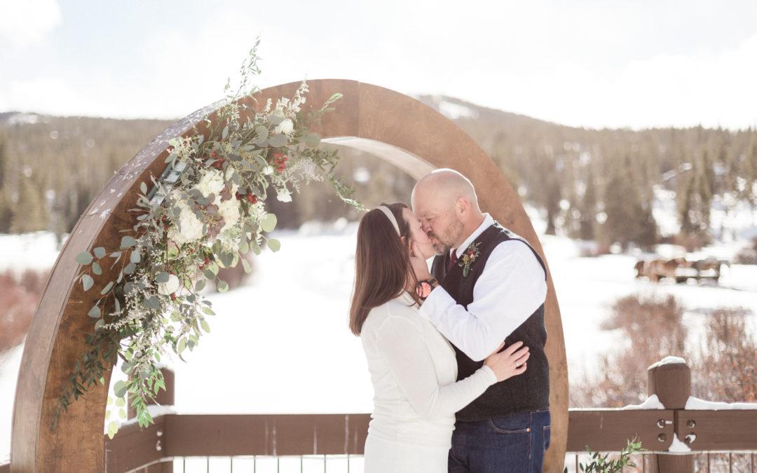 Sara and Kevin Breckenridge Golf Club Winter Wedding