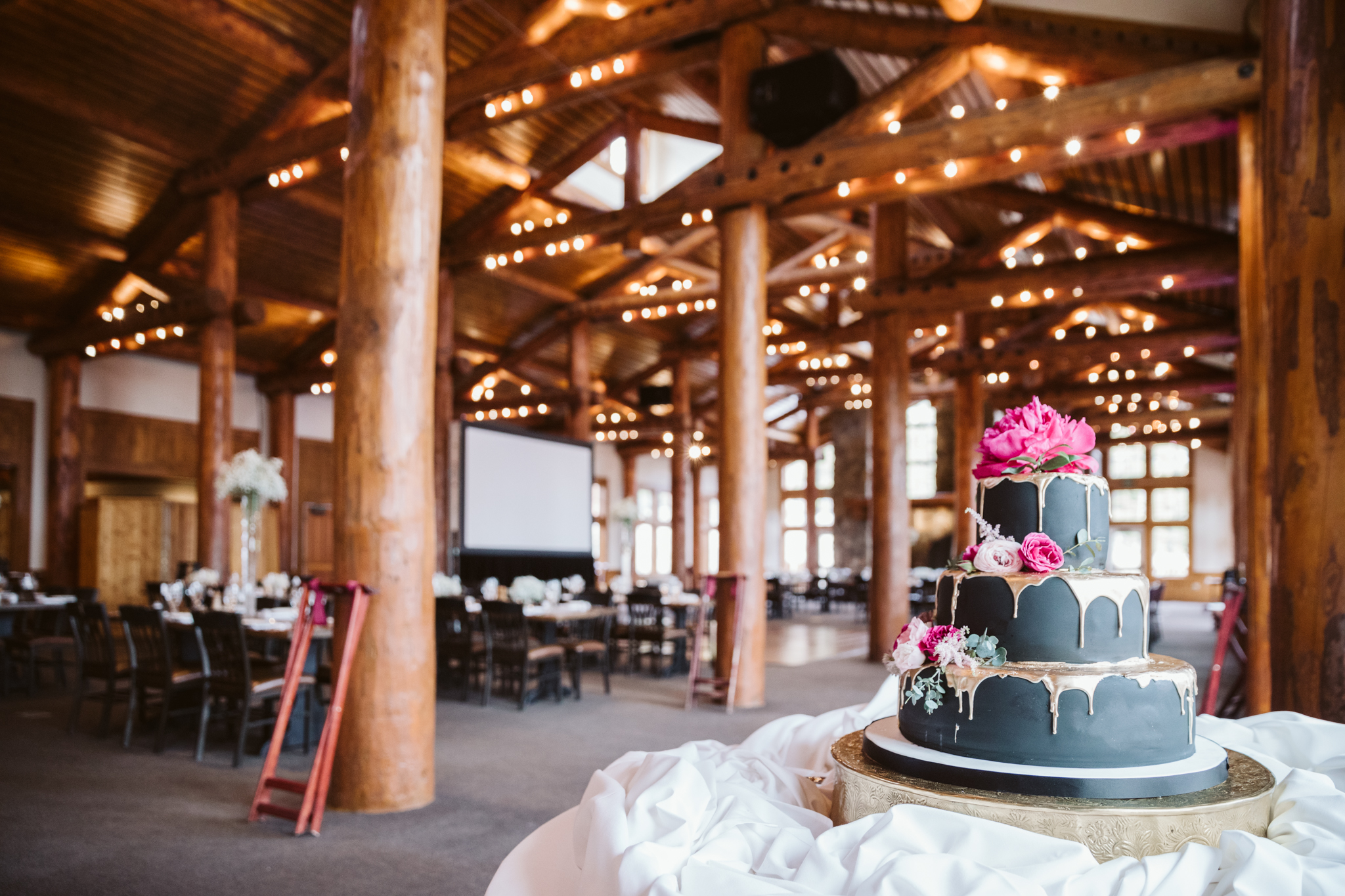 Timber Ridge Lodge Wedding Keystone Colorado Cake