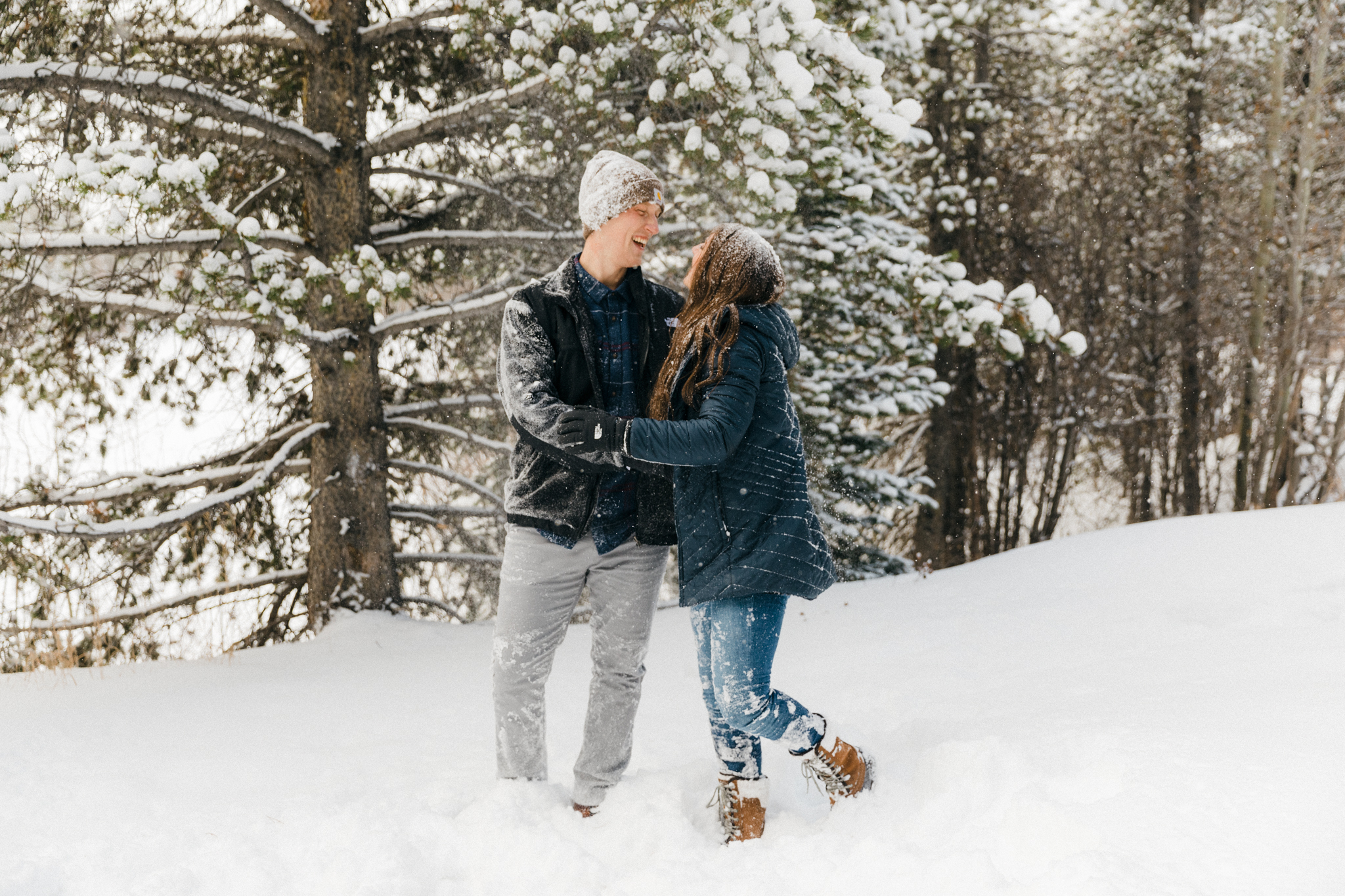 India_and_Matt_first_time_seeing_snow_Colorado-20
