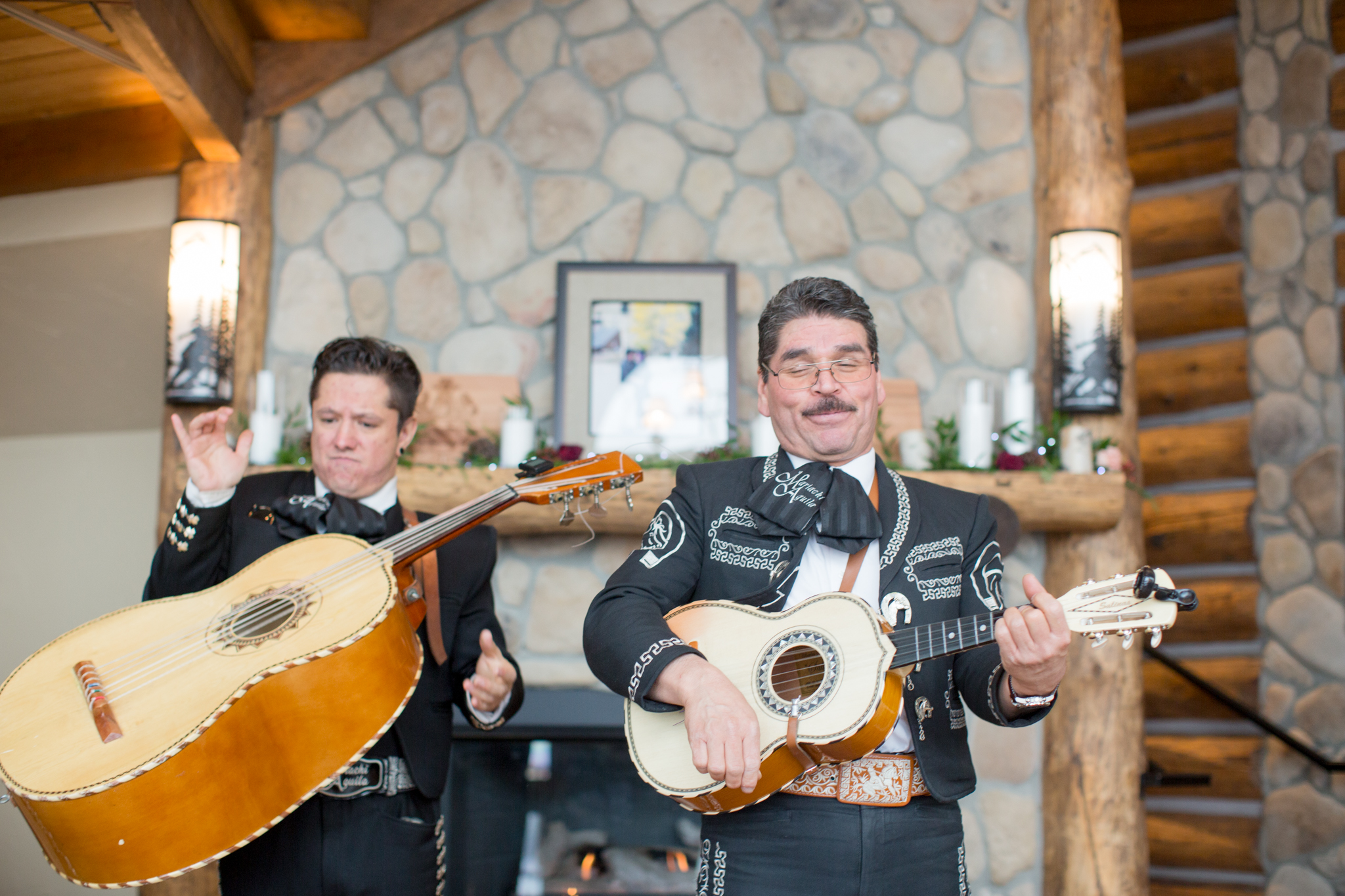mariachi band breckenridge wedding