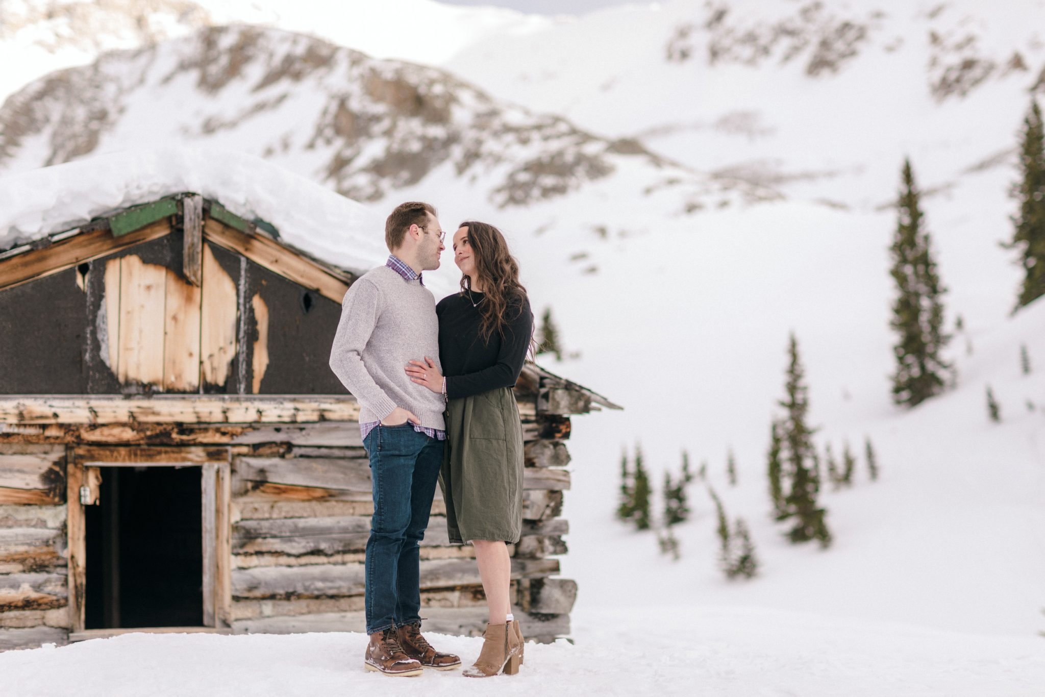 colorado engagement photographer mayflower gulch in winter 11