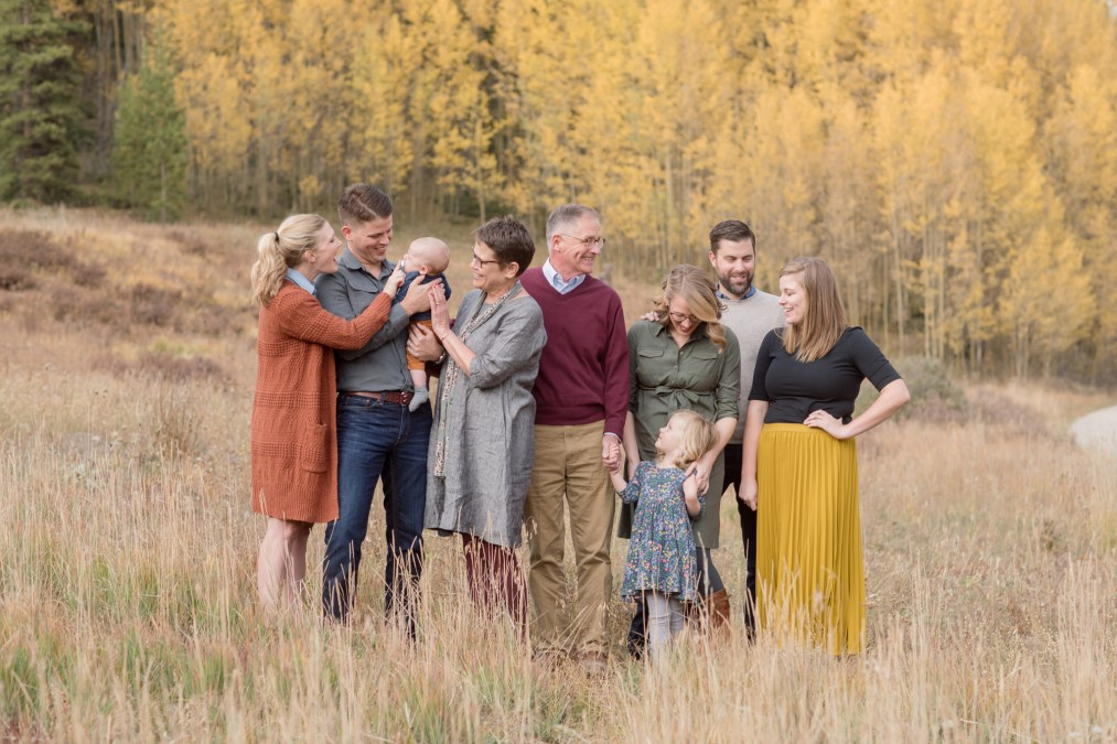 What to wear for a fall family session in Breckenridge