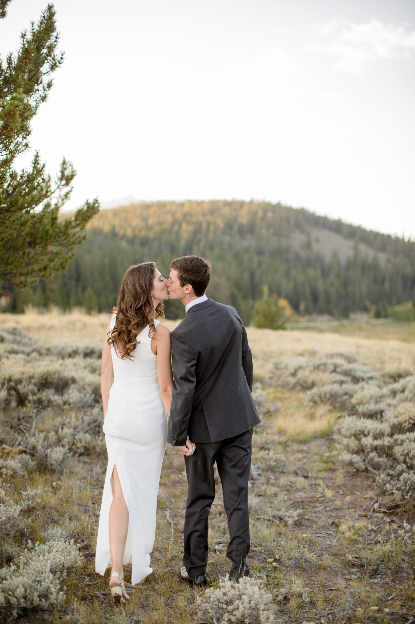 Colorado Newlywed Portraits by Andrea Stark