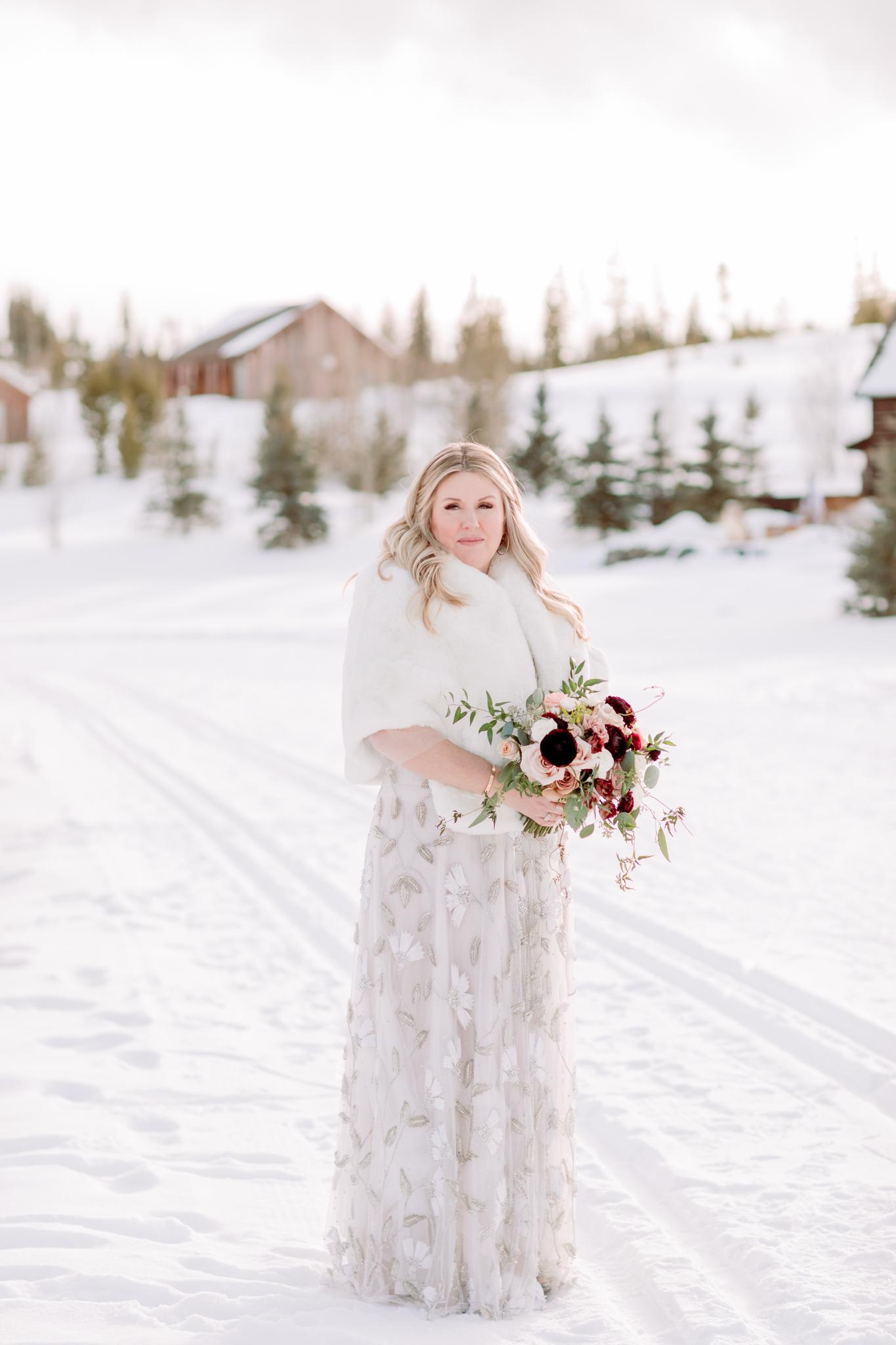 Devils-Thumb-Ranch-Tabernash-Colorado-Winter-Outdoor-Wedding-Bride-Bouquet-LaRue-Floral
