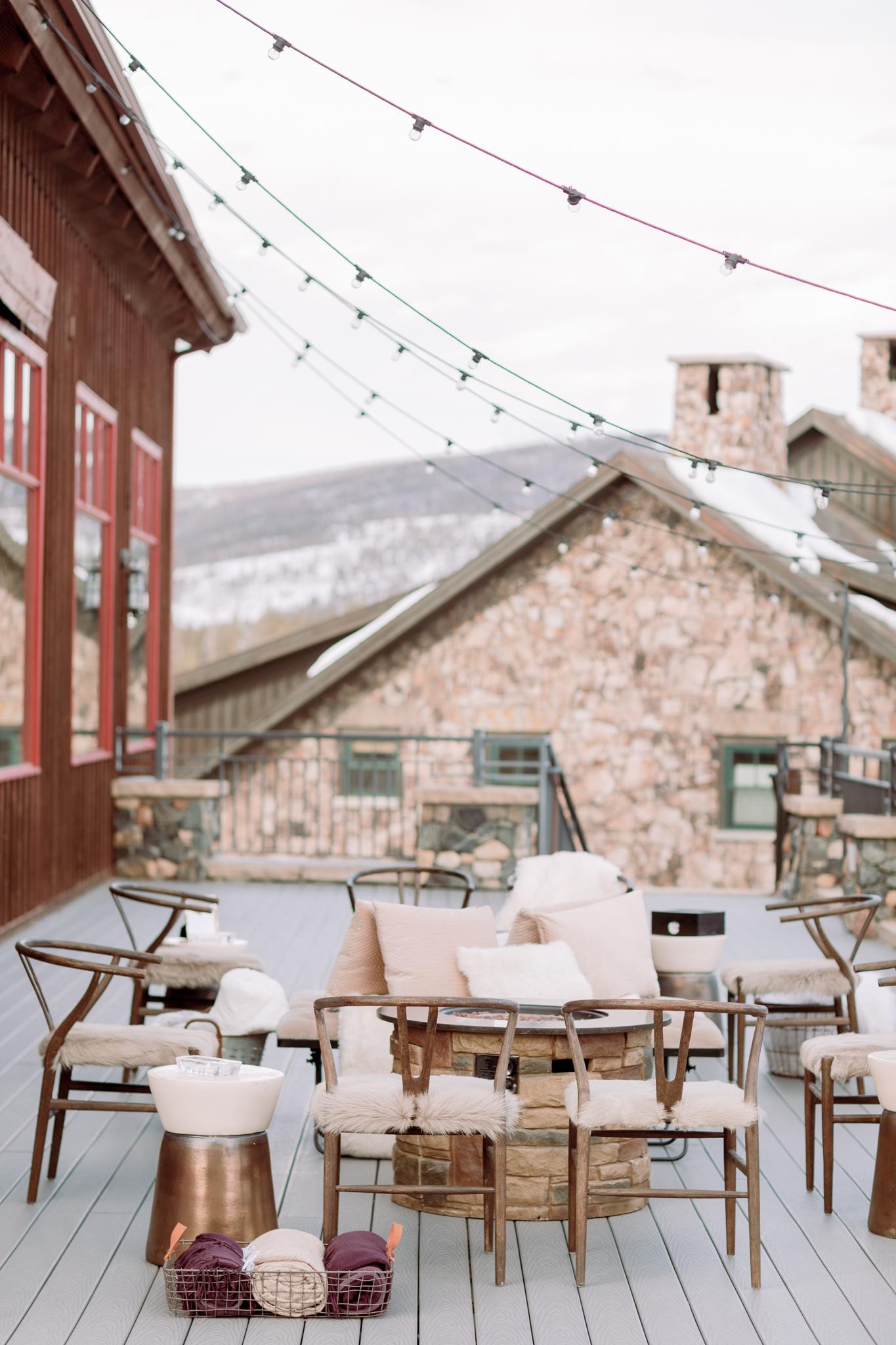 Devils-Thumb-Ranch-Tabernash-Colorado-Winter-Outdoor-Cocktail-Hour-Lounge