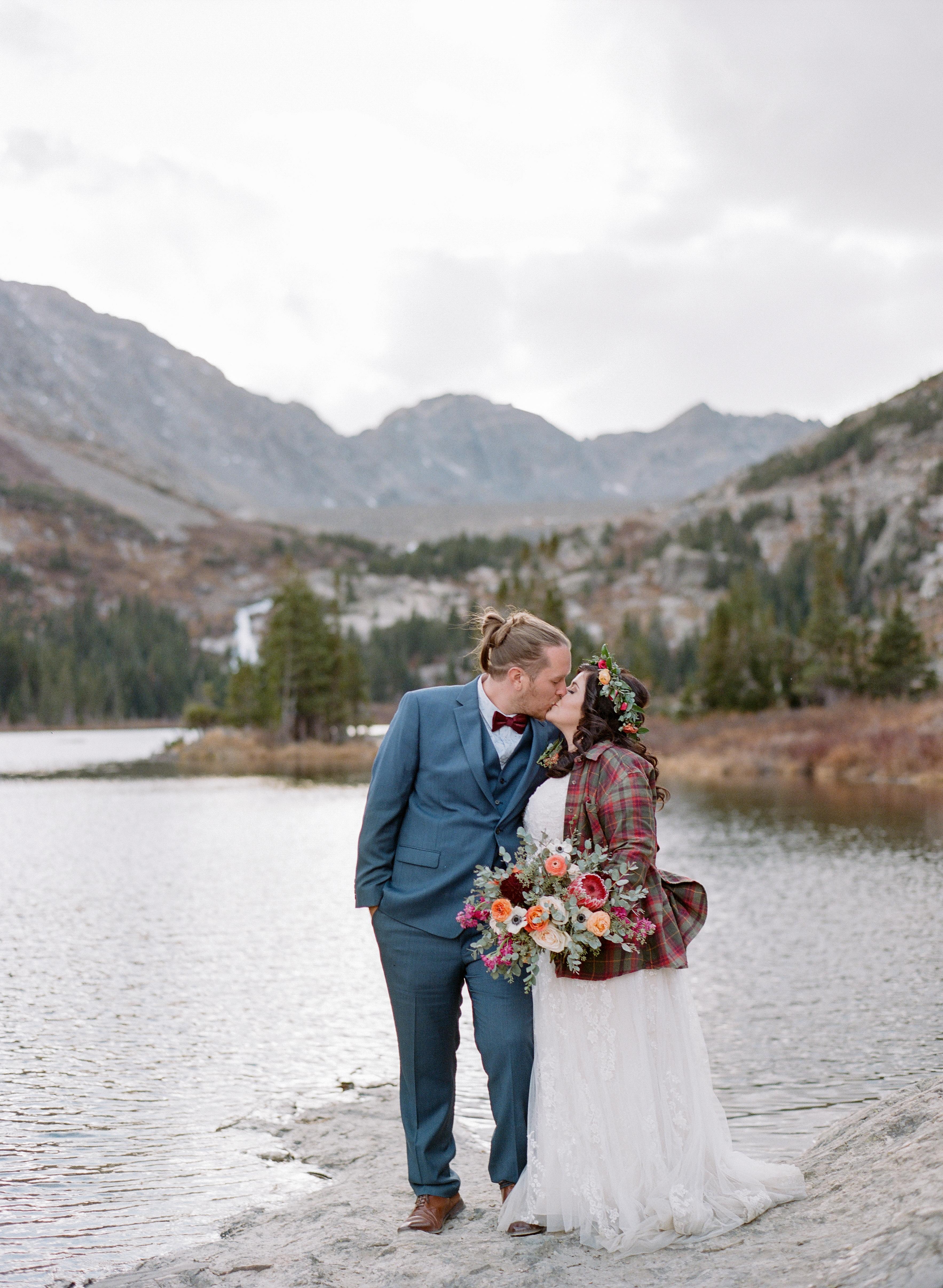 Private-Home-Rental-Wedding-VRBO-Fall-Breckenridge-Colorado-Blue-Lakes-Bride-and-Groom