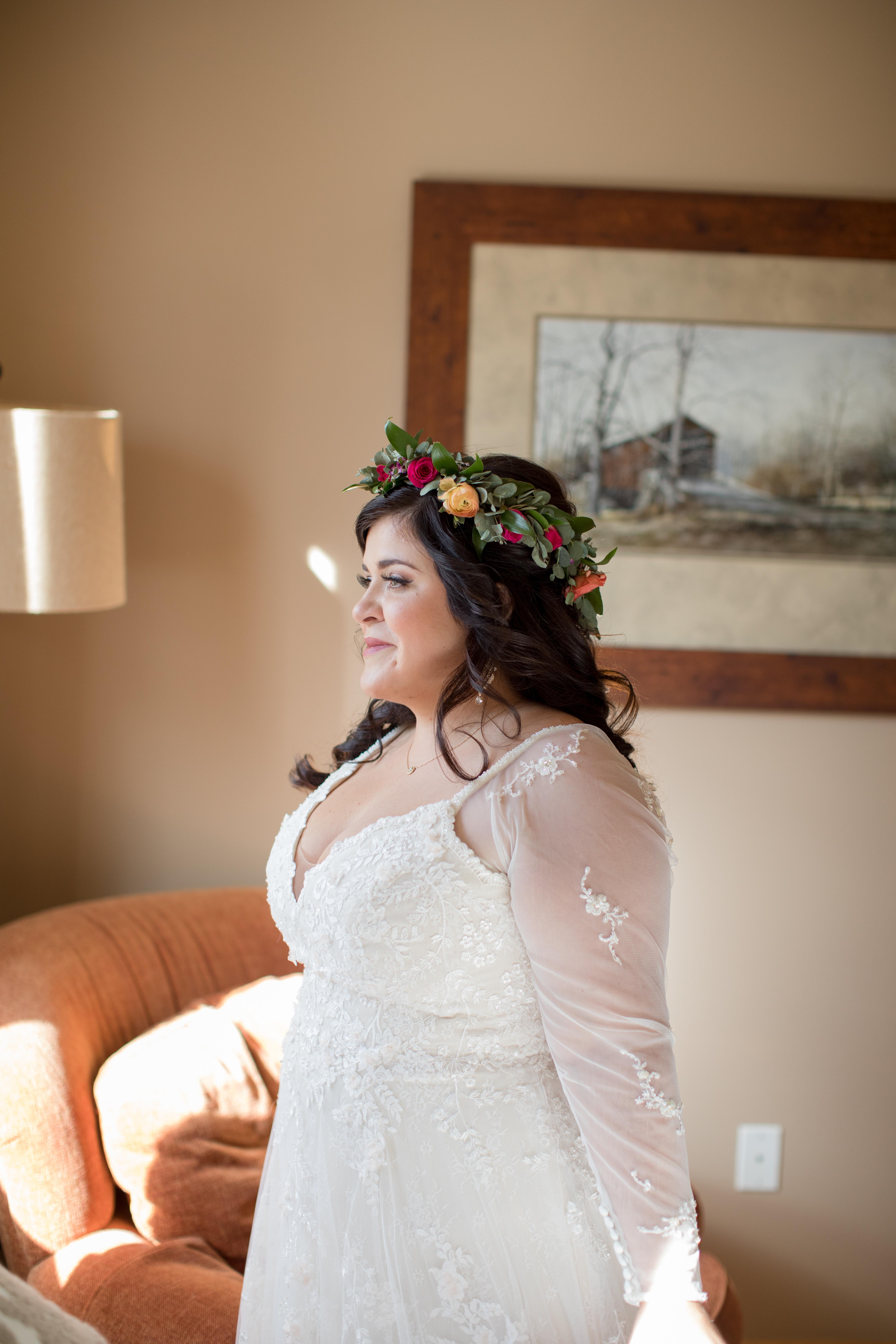 Private-Home-Rental-Wedding-VRBO-Fall-Breckenridge-Colorado-Bride-Getting-Ready