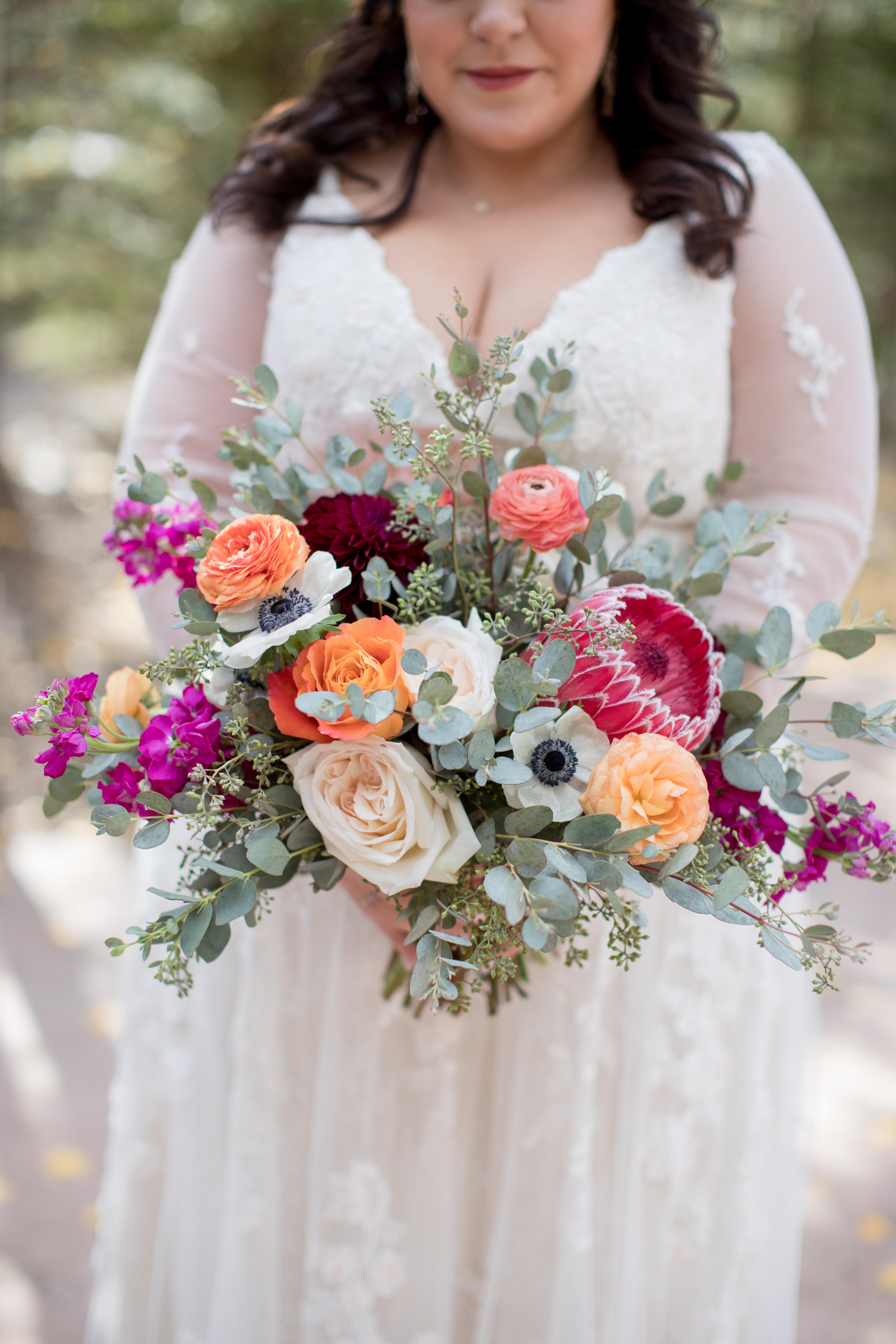 Private-Home-Rental-VRBO-Fall-Breckenridge-Colorado-Bride-Bouquet
