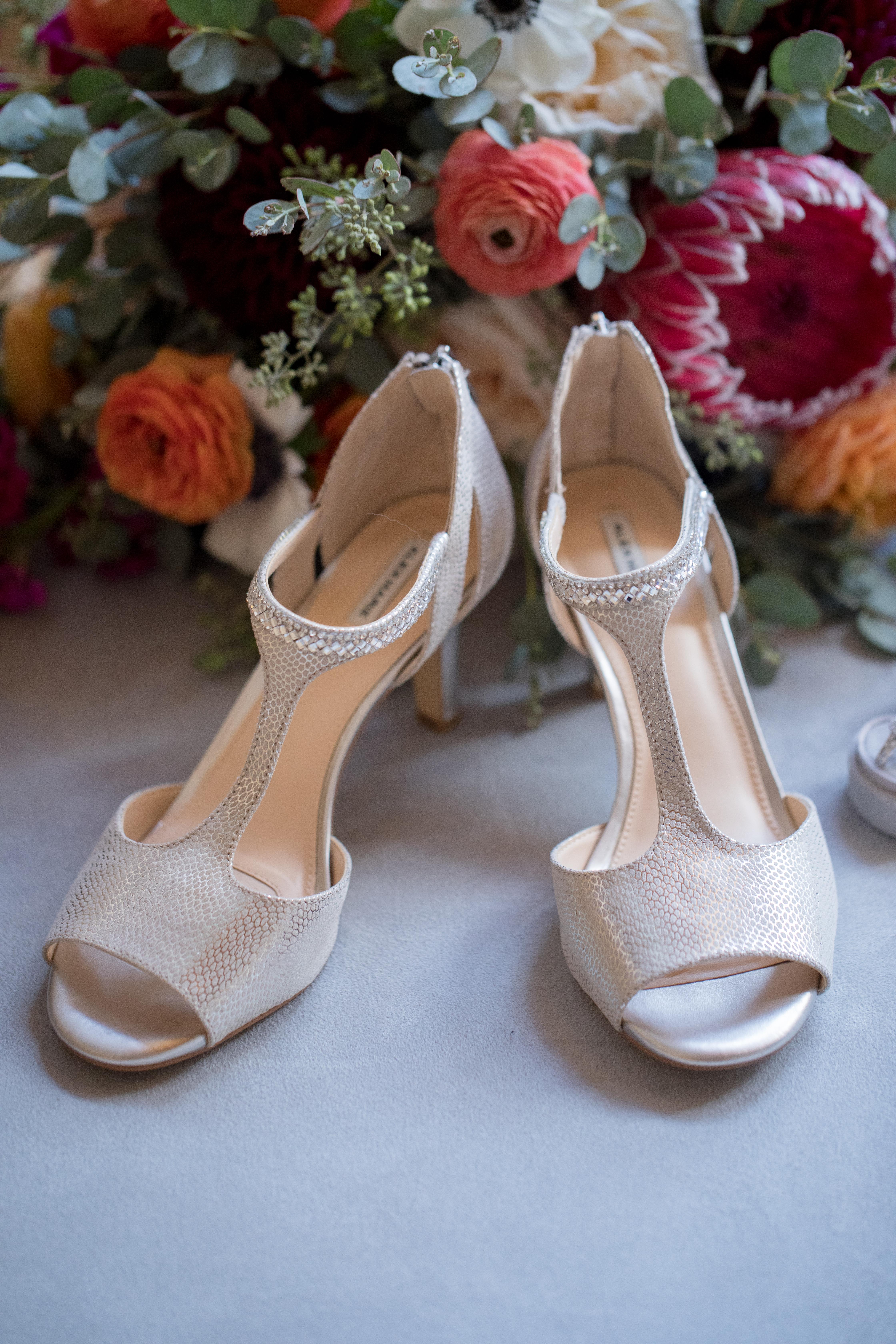 Private-Home-Rental-VRBO-Fall-Breckenridge-Colorado-Bride-Bouquet-and-High-Heels
