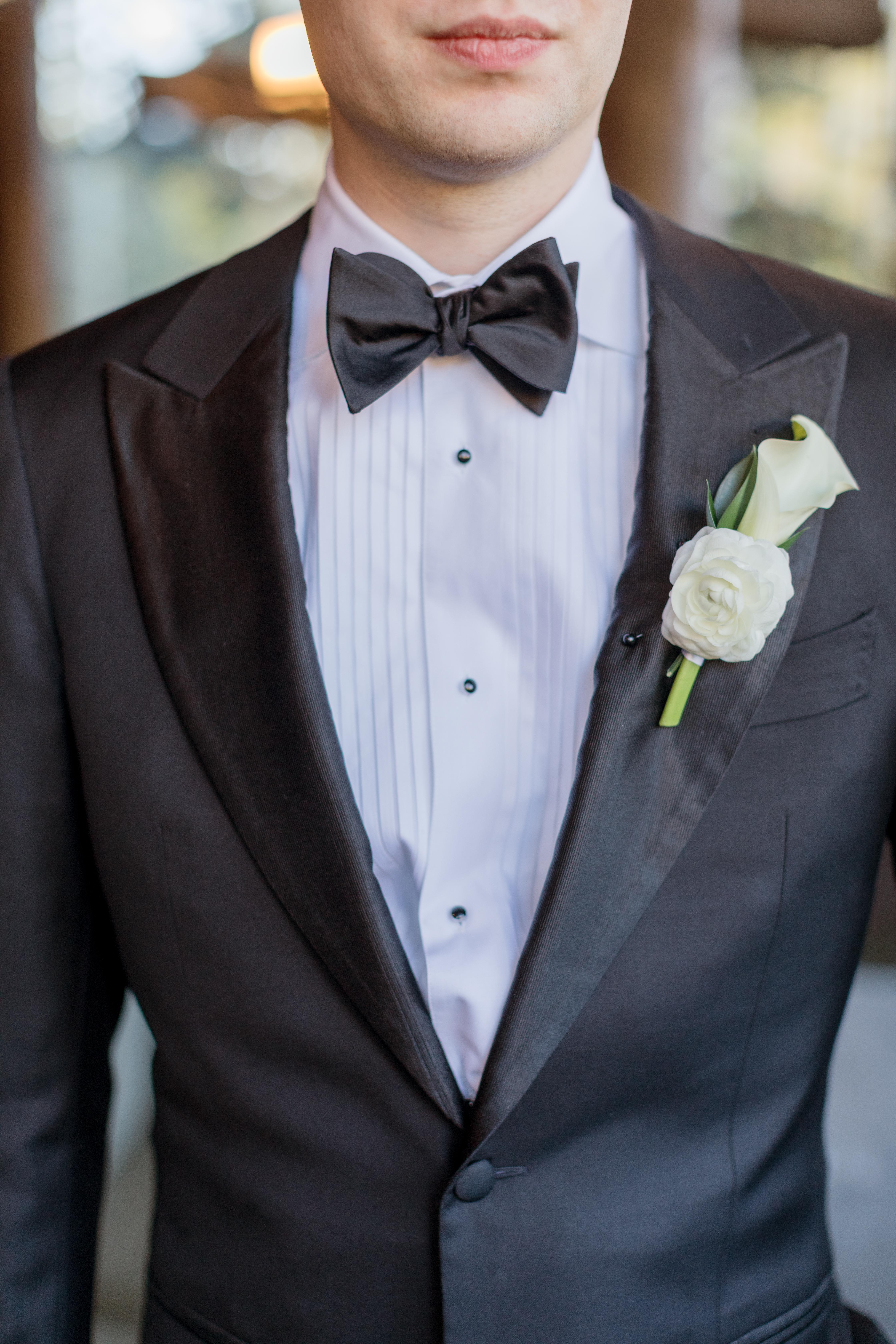 Ritz-Carlton-Bachelor-Gulch-Beaver-Creek-Colorado-Fall-Wedding-Groom-Boutonniere