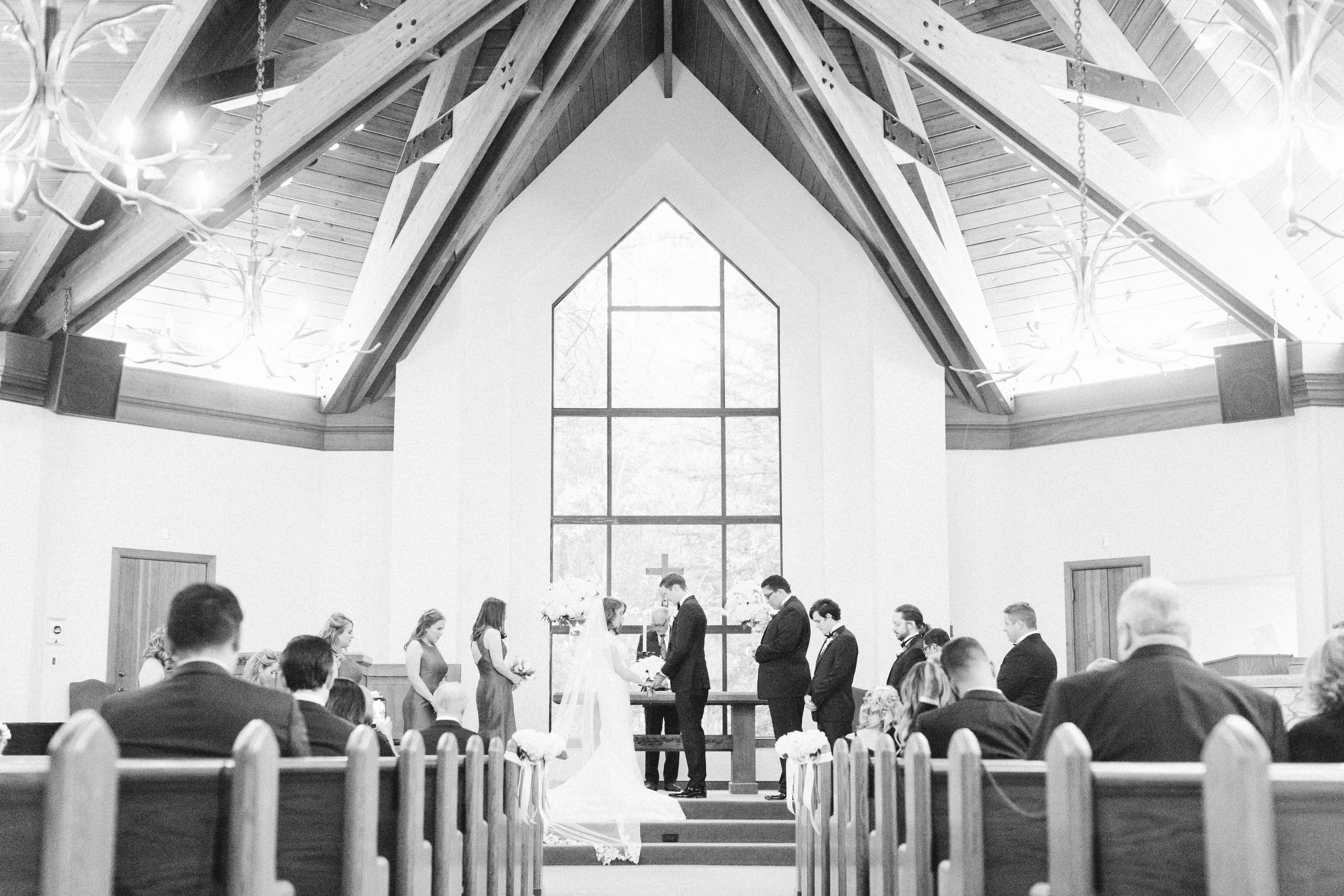 Ritz-Carlton-Bachelor-Gulch-Colorado-Fall-Wedding-Chapel-at-Beaver-Creek
