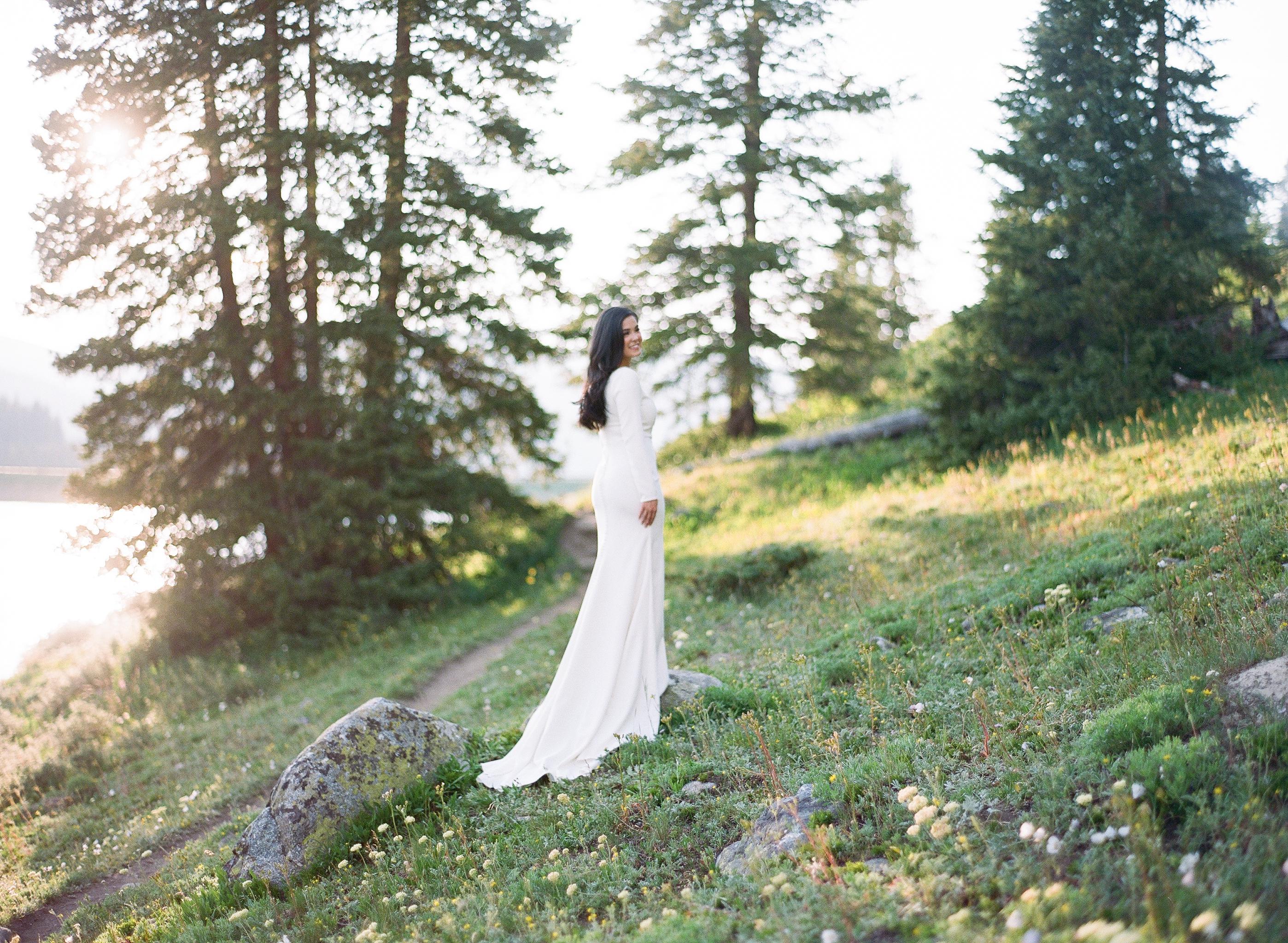 Clinton-Gulch-Reservoir-Breckenridge-Colorado-Elopement-Bride