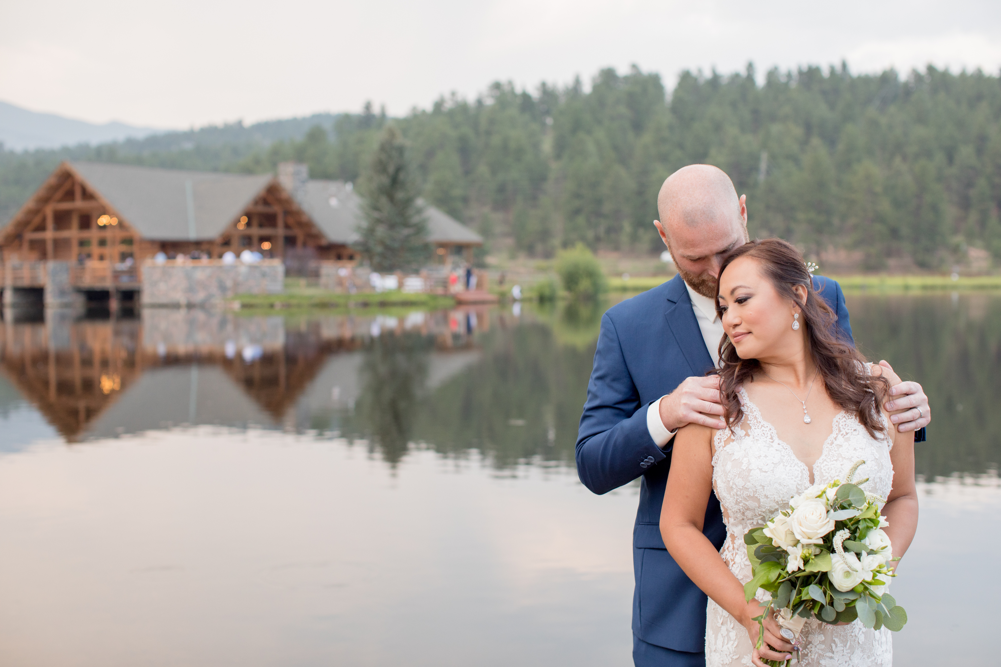 Evergreen Outdoor Wedding Photographer
