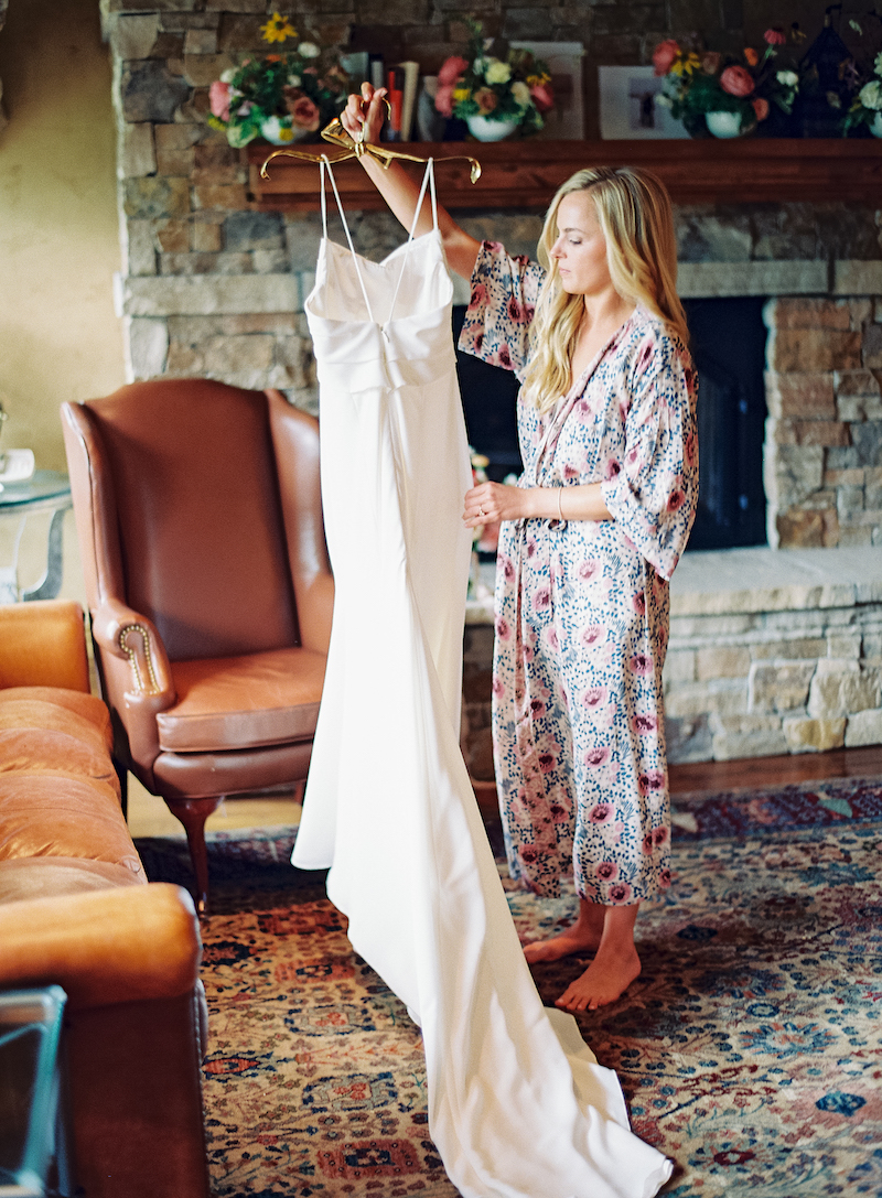 The-10th-Vail-Colorado-Wedding-Manor-Vail-Sydney-and-Jake-Getting-Ready-Girls-39