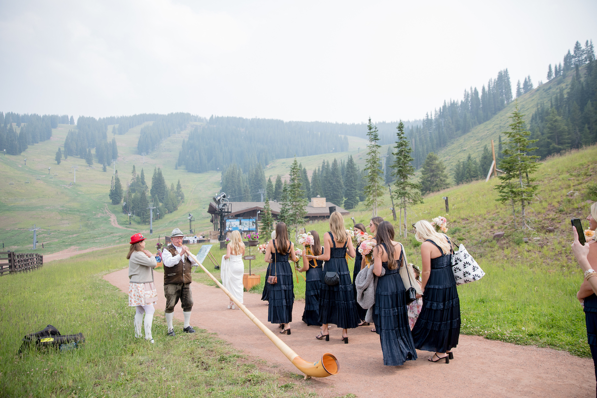 The-10th-Vail-Colorado-Wedding-Manor-Vail-Sydney-and-Jake-Getting-Ready-Girls-77