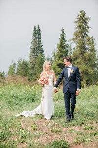 The-10th-Vail-Colorado-Wedding-Sydney-and-Jake-Bride-and-Groom-Portraits-22