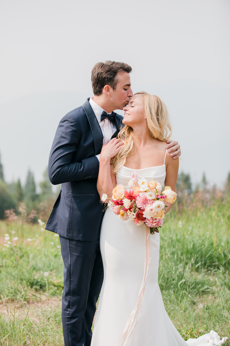 The-10th-Vail-Colorado-Wedding-Sydney-and-Jake-Bride-and-Groom-Portraits-42